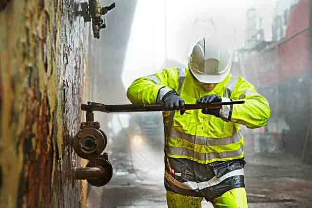 Why Should Choose Lyngsoe Rainwear in Your Procurement
